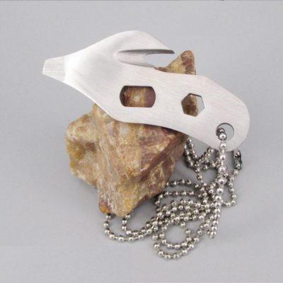 EDC Mini Multitool Schlüsselanhänger oder Halskette mit 4 Funktionen in silber